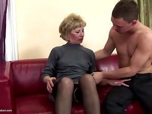 Gorgeous mother gets anal sex and pissing from young gentleman