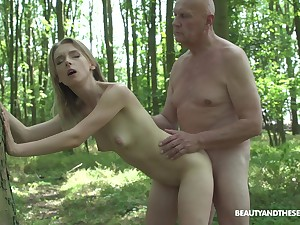 Outside copulation added to blowjob in the forest are fantasies of Lily Board
