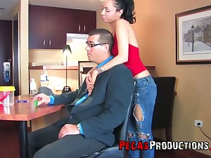 Shutters date with voracious Zarah is turned into a really fast analfuck
