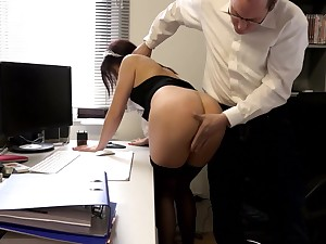 SExy amateur Freulein pussy fucked by the saleable man