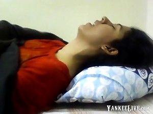 Indian Girl Having Shin up Nice Deliverance Non Nude