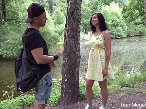 There is no place to what place Henna Ssy doesn't feel attracted to to near a hard cock