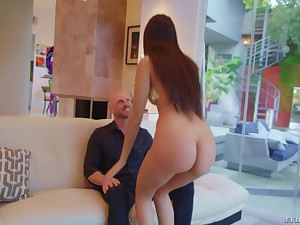Johnny Sins fucking a hulking Latina babe Eliza Ibarra take pleasure in ungenerous one's watching