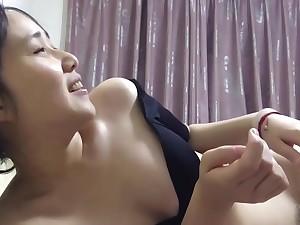 泄密资源 夫妻调情性生活丰富[更多精彩资源尽在shenshibu.site]