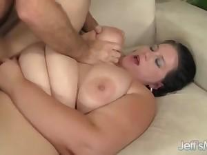Curvy Fattie Becki Hang-up Rides Throbbing Cock
