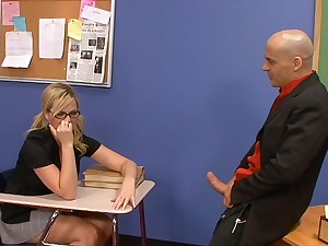 Confidential kink with a curvy college blonde